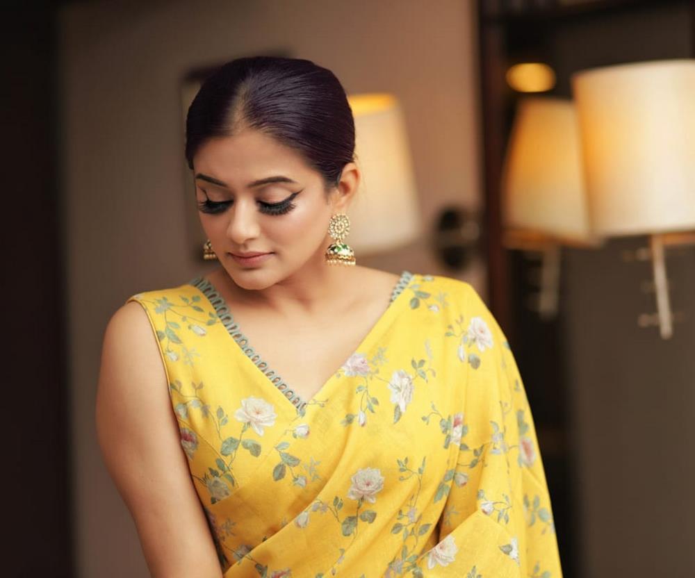Actress Priyamani (3)