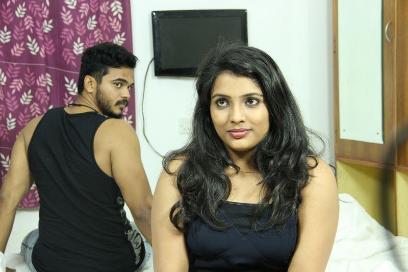 Athaiyum Thaandi Punithamanathu Movie Stills