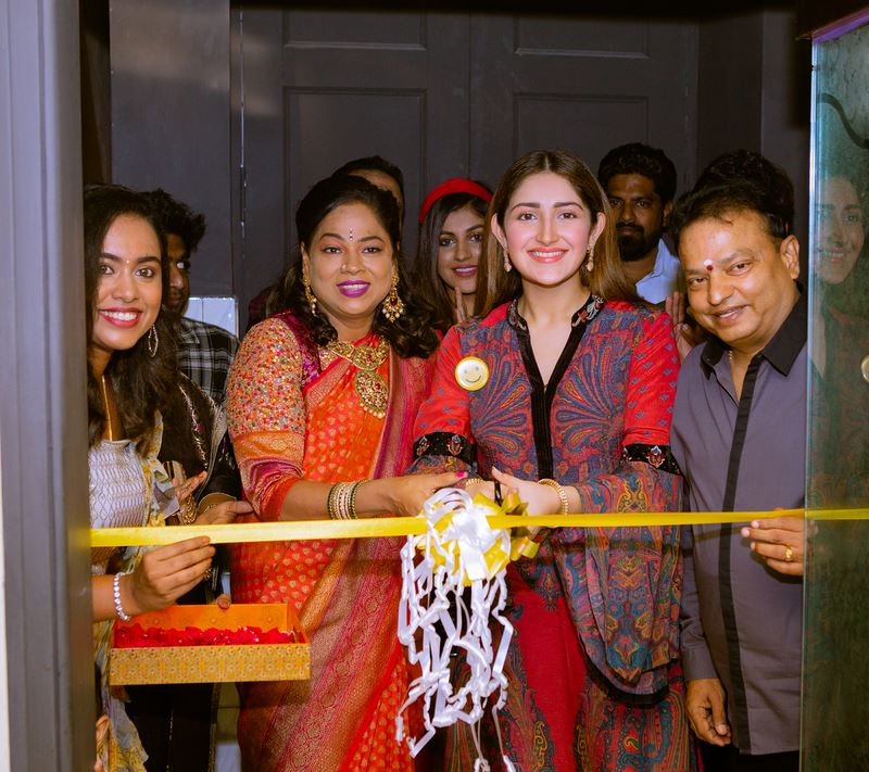 RJ Balaji, Sayyeshaa, Yashika Anand, and Athulya at Yolo Salon Launch