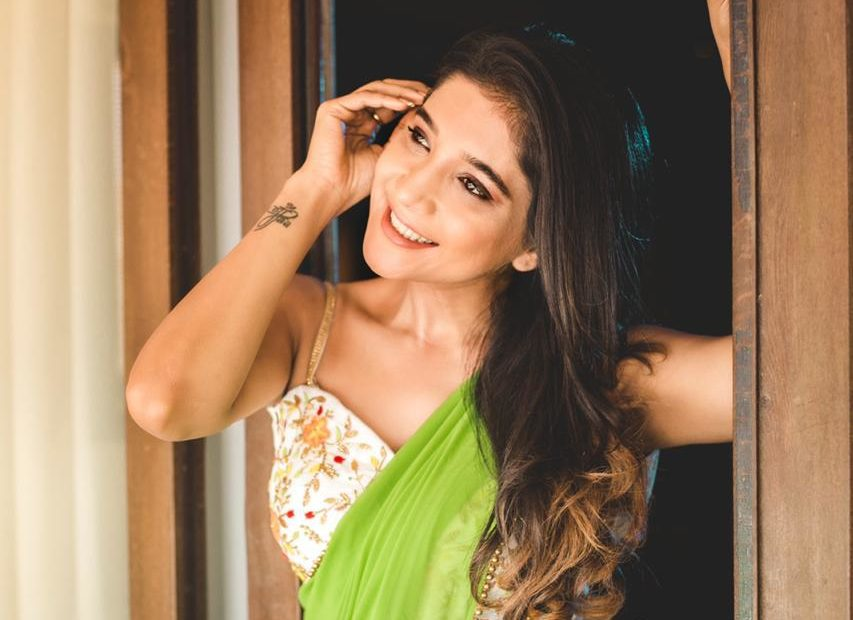 Elegant and Exquisite Sakshi Agarwal
