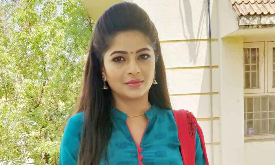 nila serial actress photos