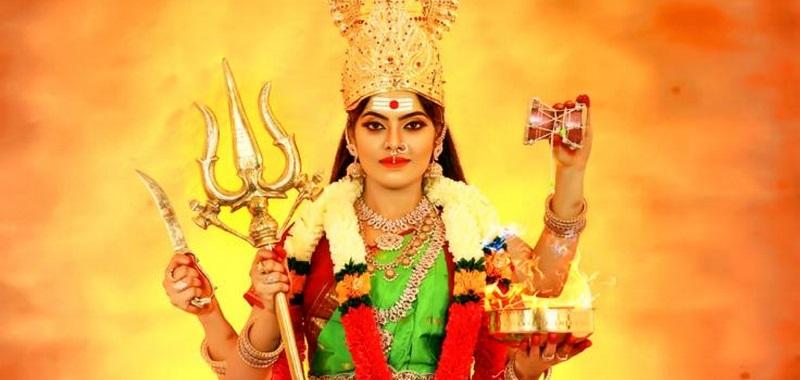 Actress Yamuna Chinnadurai Photos