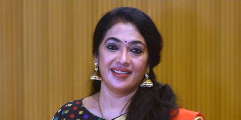 actress rekha emotional tweet