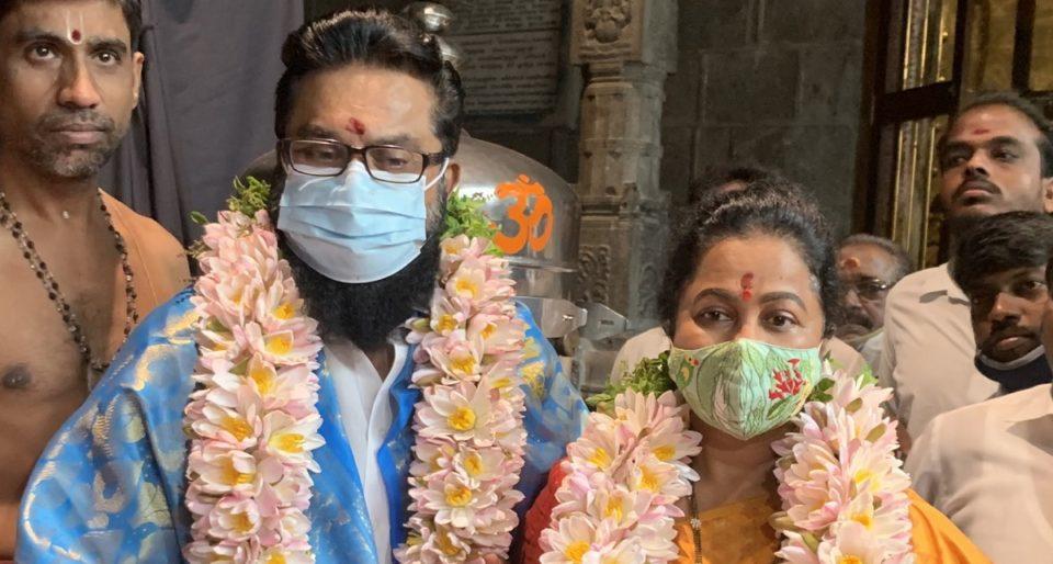 Radhika Sarathkumar offered special prayers at the temple