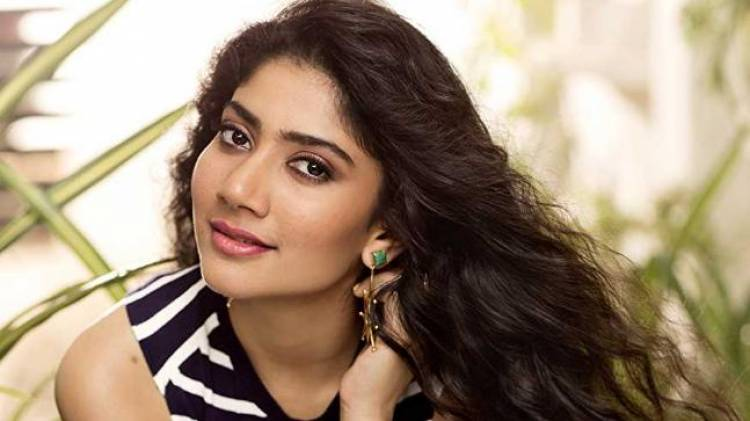 Sai Pallavi escapes from the Me Too-Wall kissing scene