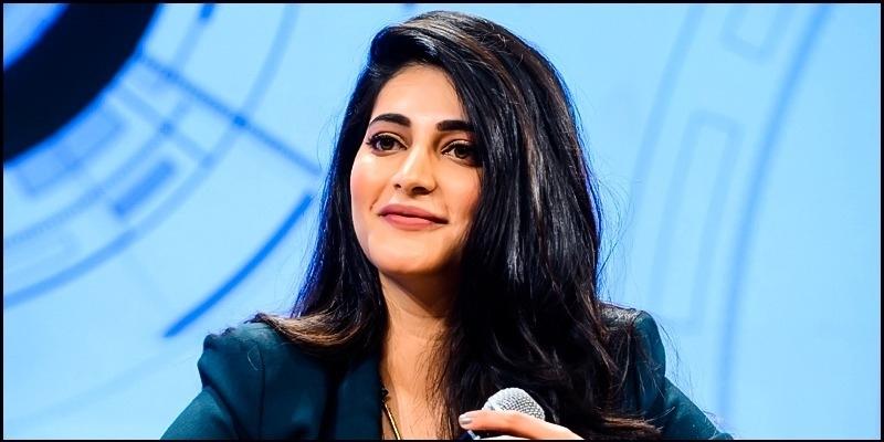 Shruti Haasan who stole the producer's lungi