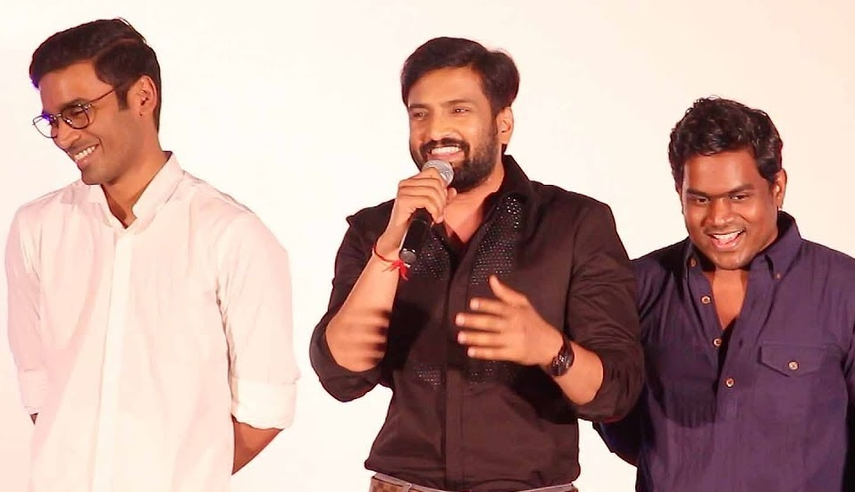 Santhanam getting ready to clash with Dhanush