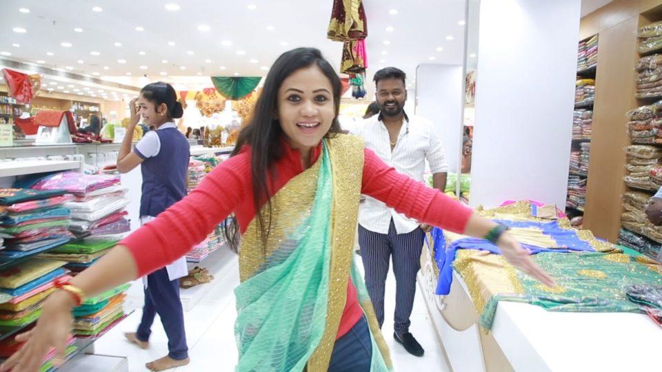 Manimegalai Shopping at Velavan Stores