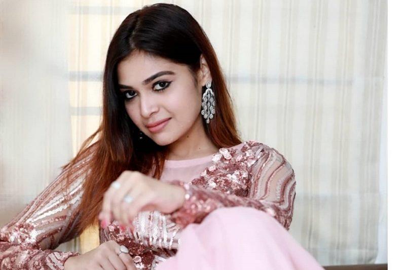 Actress Dharsha Gupta Photos