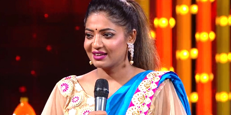 Big Boss Reshma raising awareness about underwear