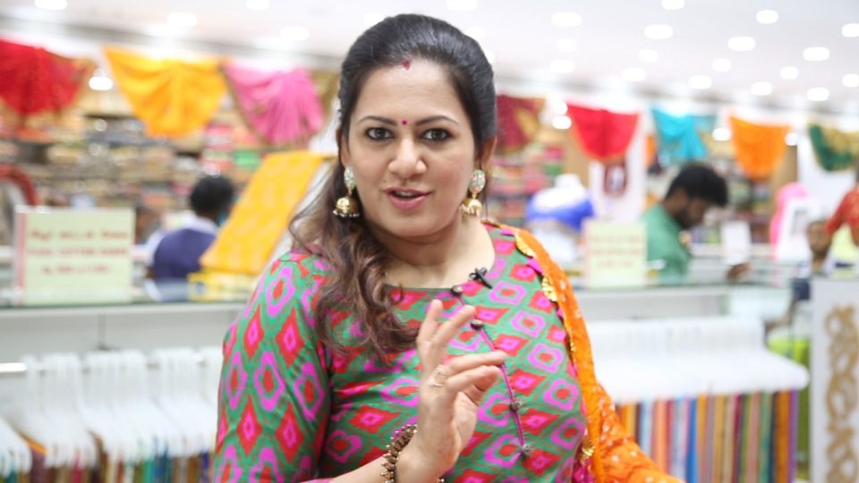 Biggboss Archana Shopping at Velavan Stores