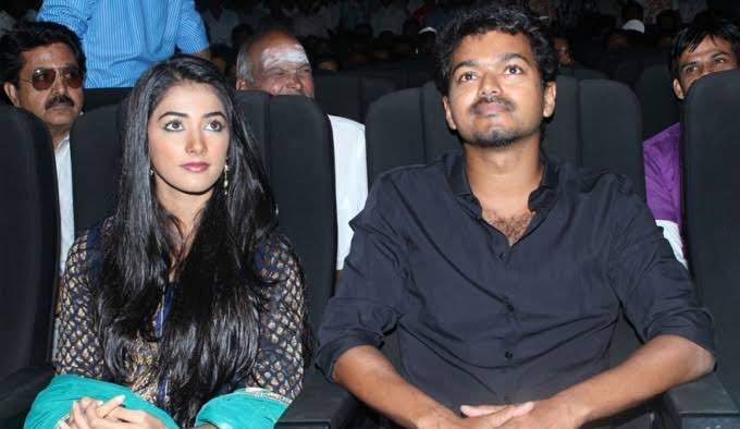 Pooja Hegde With Thalapathy Vijay