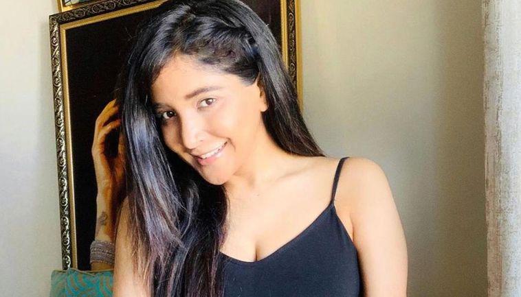 Sakshi Agarwal pays homage to the next film in Kodaikanal