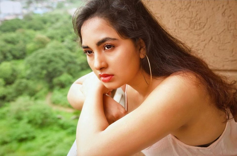 Srushti Dange teamed up with a famous actor in a suspense thriller film