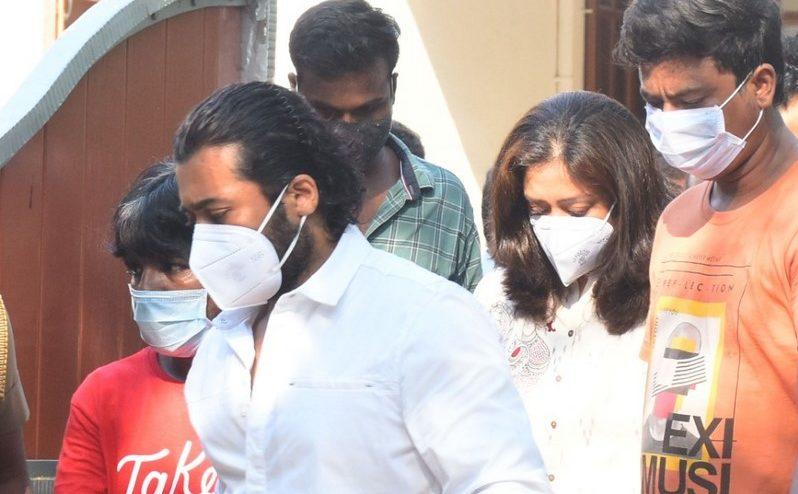 Celebrities Pay Last Respect To Legendary Actor Vivek