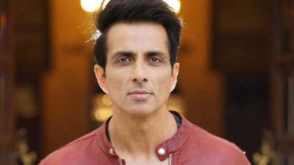 Message asking for help ... Sonu Sood apologizing