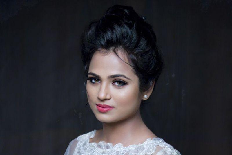 Ramya Pandian conducts new photo shoot