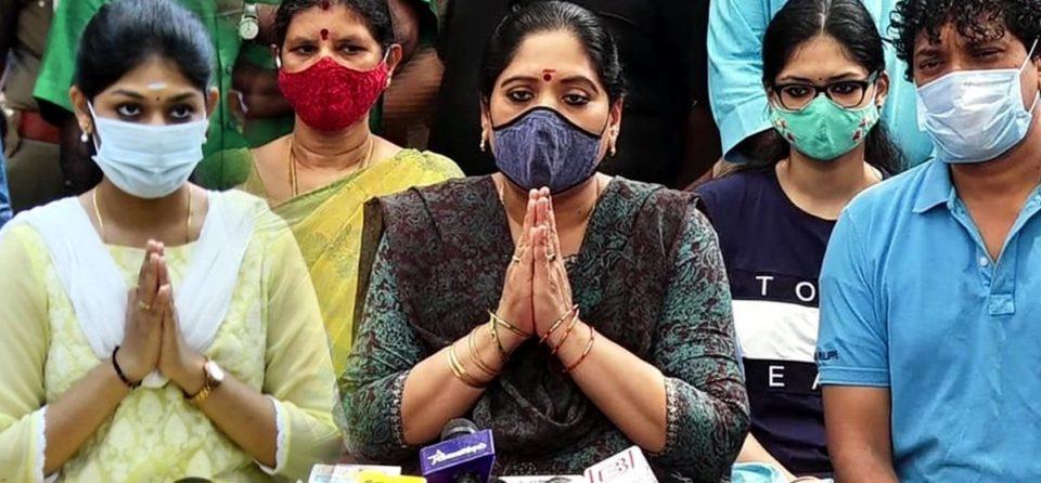 Vivek wife press meet