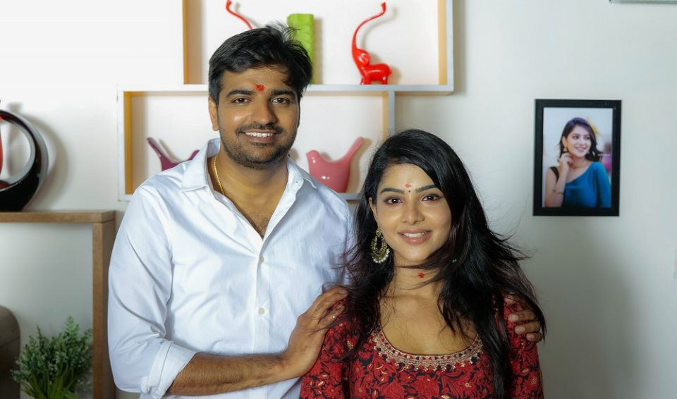 famous cricket player praised by Satish and Pavithra Lakshmi