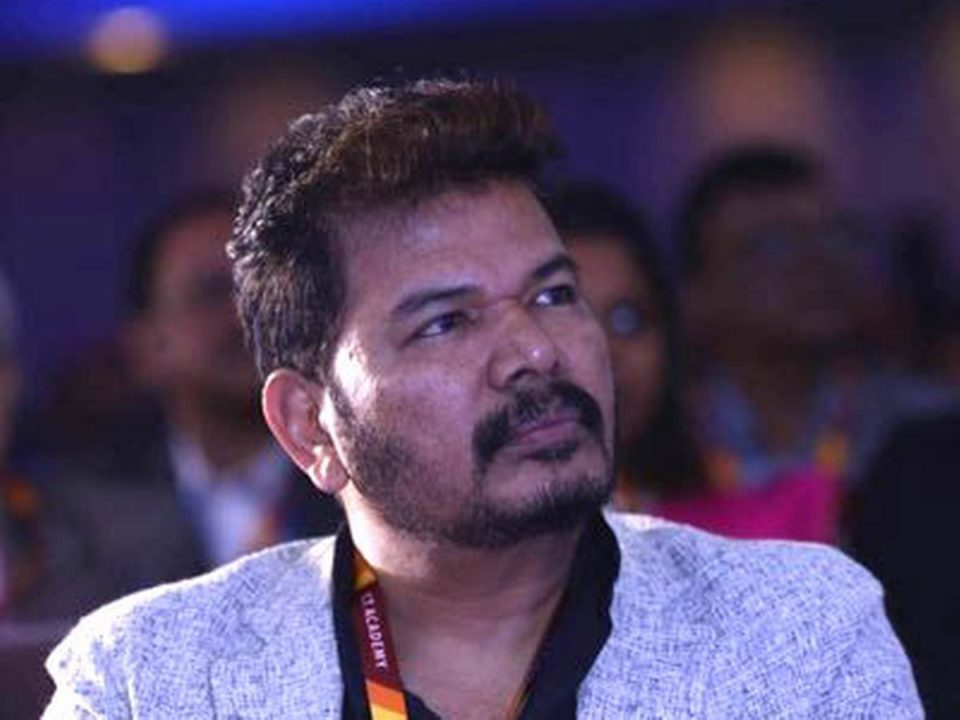 lyca files lawsuit against director Shankar
