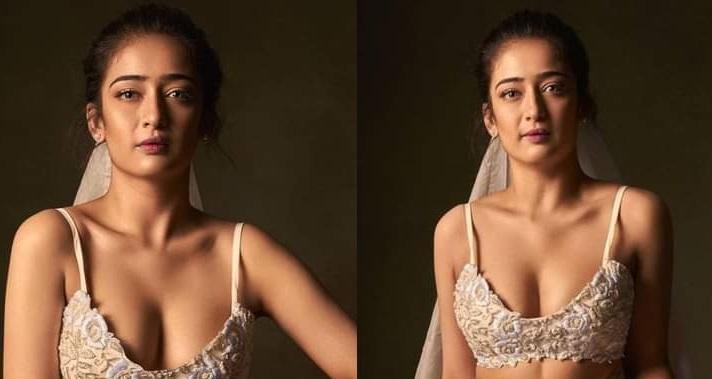Akshara Haasan new photos