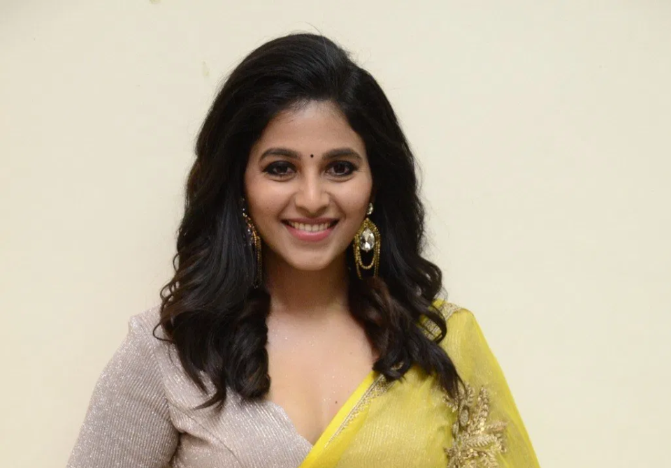 Actress Anjali getting ready for marriage