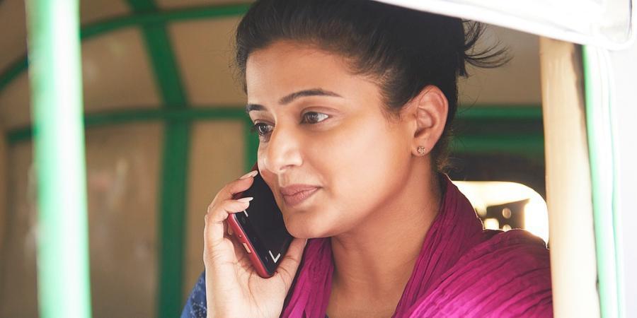 Critics say I am black - Actress Priyamani sad