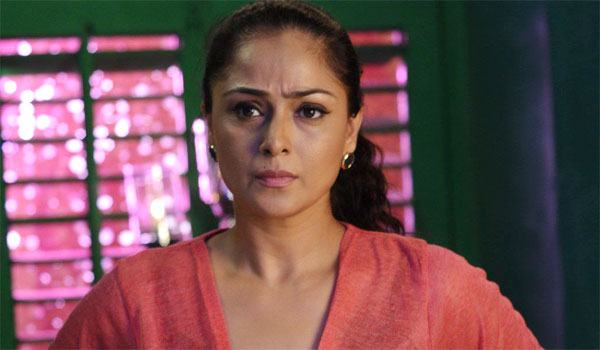 Simran to become villain for famous actor