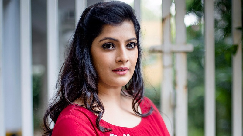 Varalakshmi joins famous actor in the film