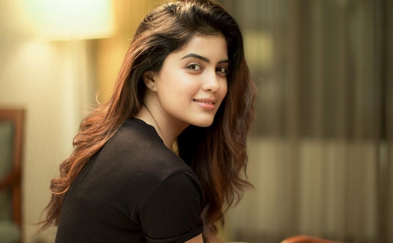 bigil actress amritha aiyer latest stills