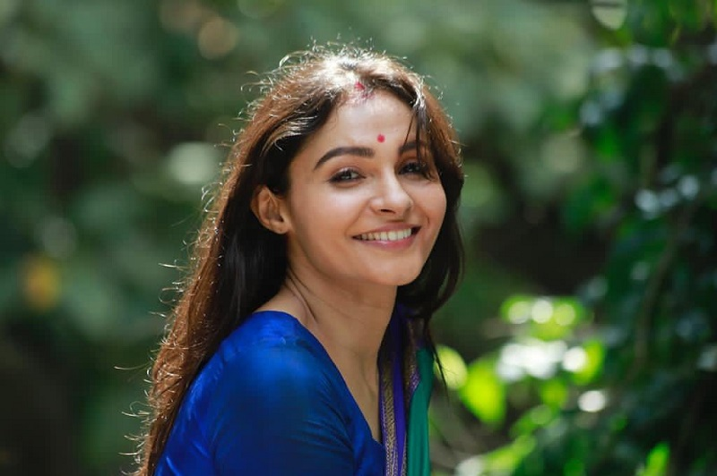 Andrea Jeremiah shares photos from her college days