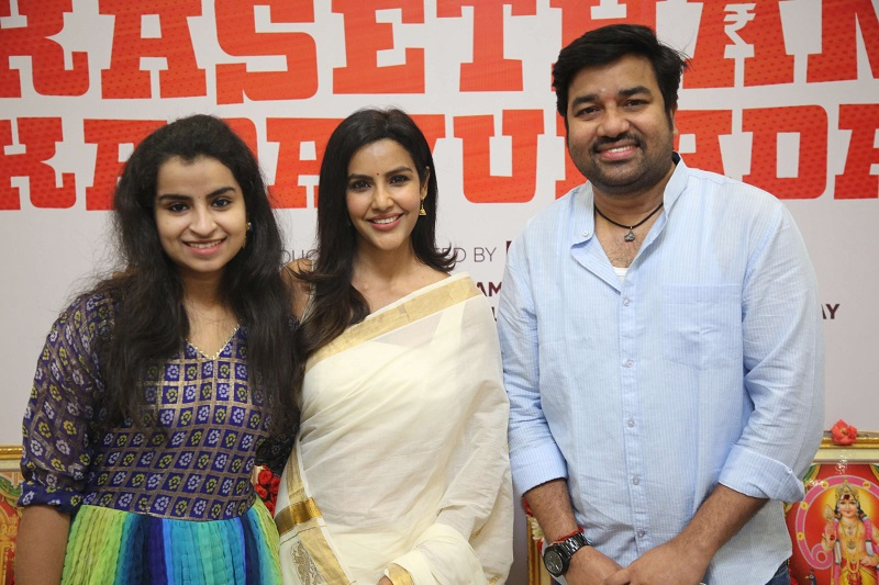 Another 'Cooku with Comali' celebrity joined the remake of 'Kasethan Kadavulada'