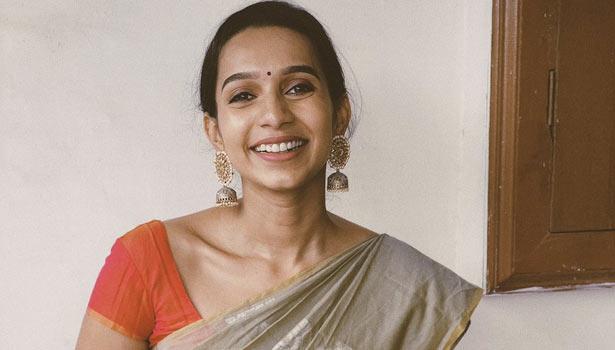 Jagame Thanthiram Actress Sanjana