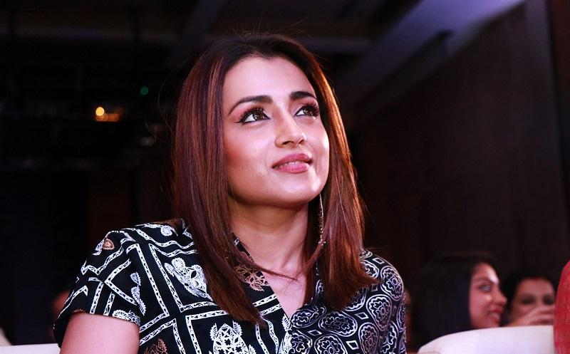 Trisha releases 'Ponniyin Selvan' update