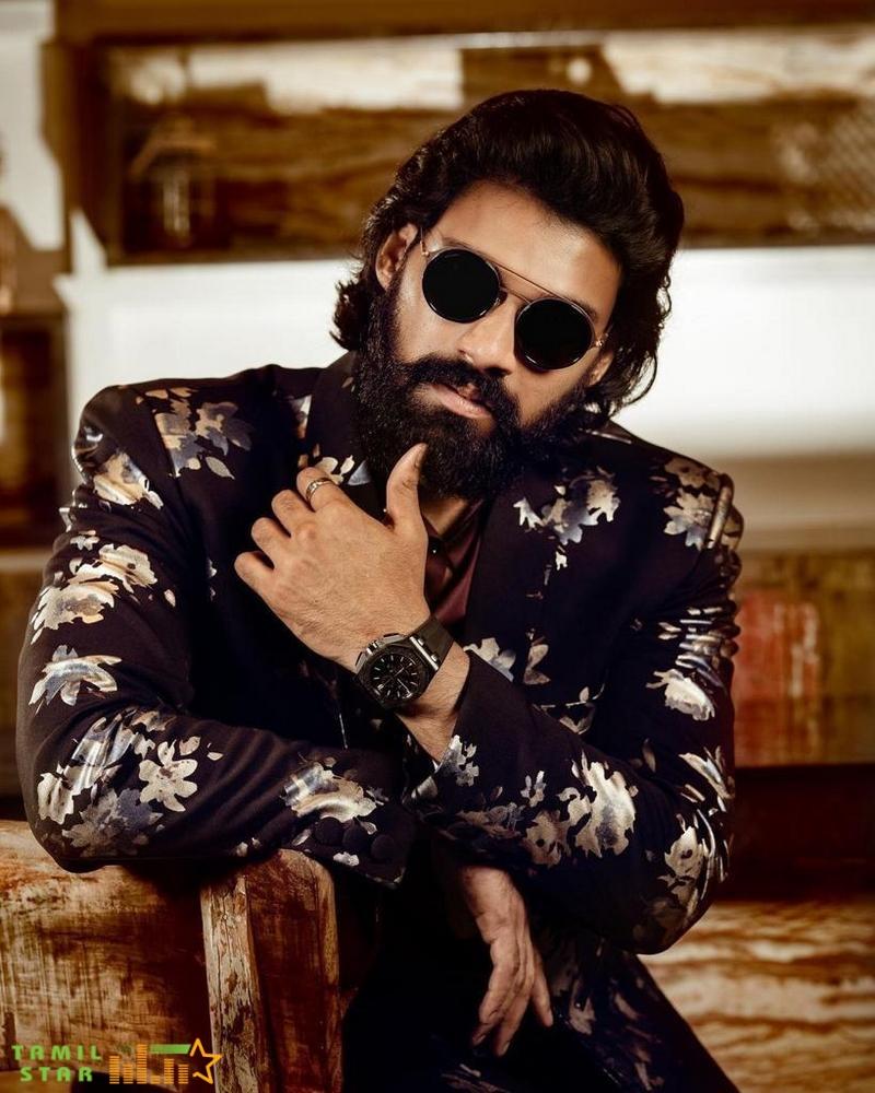 Actor Sai Srinivas Bellamkonda Photos (2)