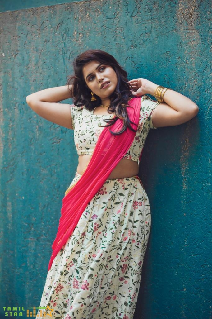Actress Aradhanababu Latest Photo Shoot (13)