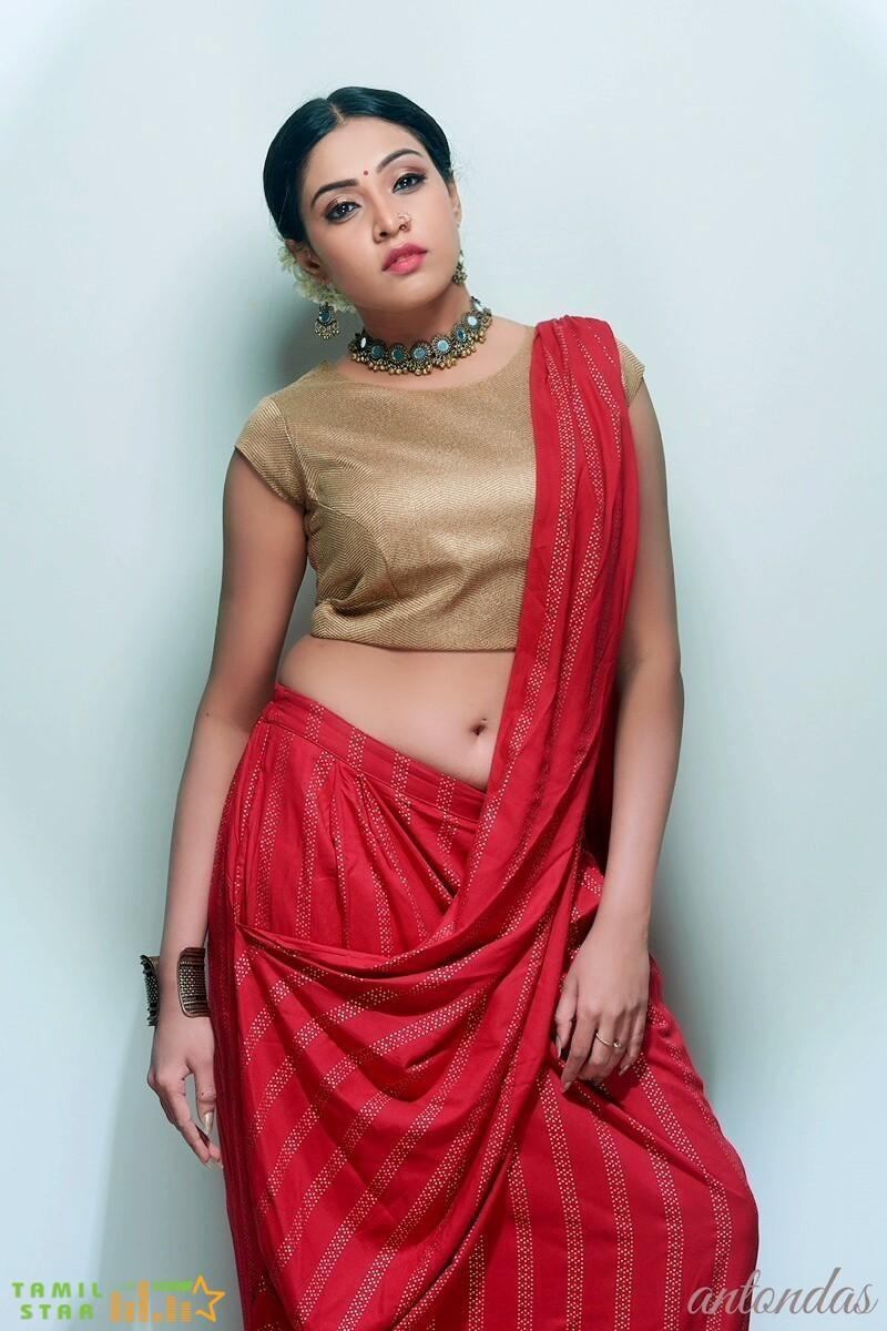 Actress Ashwini Chandrasekhar Stills (2)