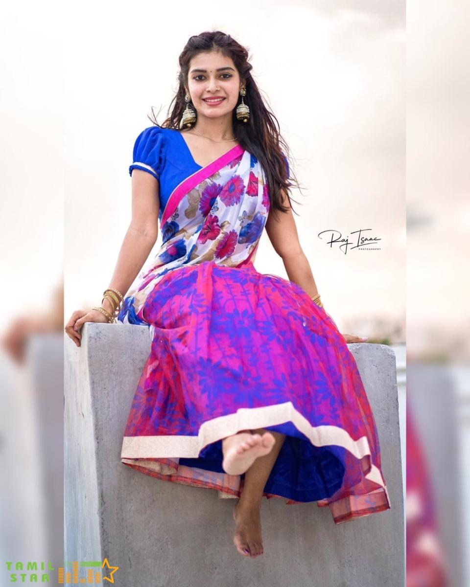 Actress Dharsha Gupta Stills (6)