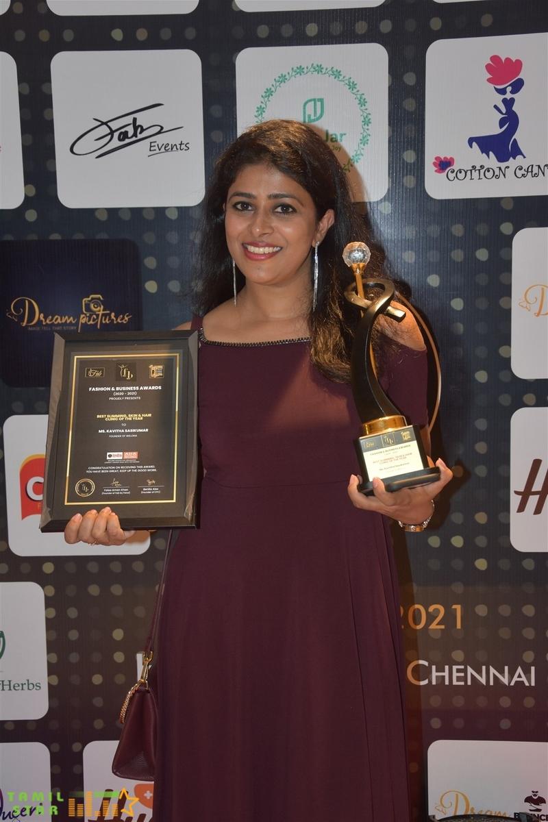 Actress Ineya, Sakshi Agarwal, Aishwarya Dutta felicitated at FB Awards 2020-21 (30)