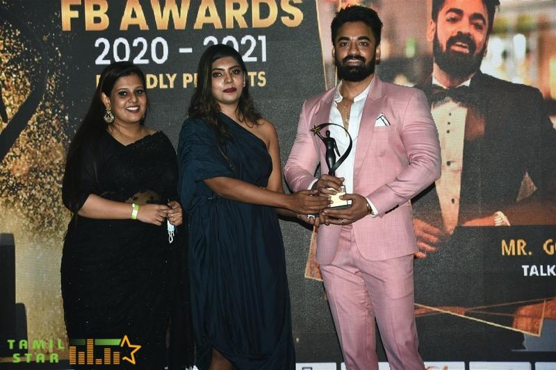Actress Ineya, Sakshi Agarwal, Aishwarya Dutta felicitated at FB Awards 2020-21 (8)
