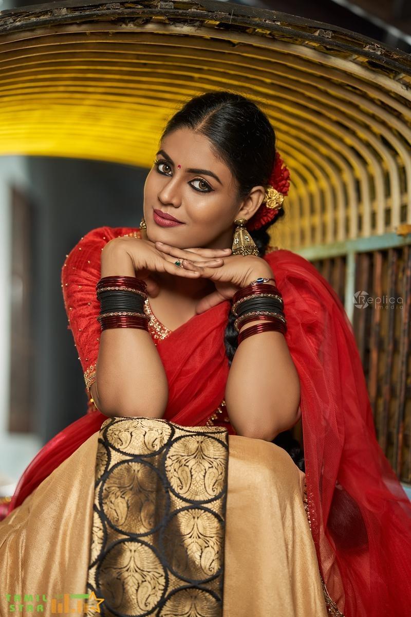 Actress Ineya Latest Photos (16)