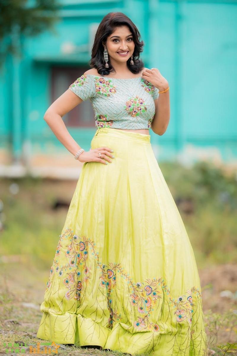 Actress Neelima Esai Recent Photo Shoot (3)