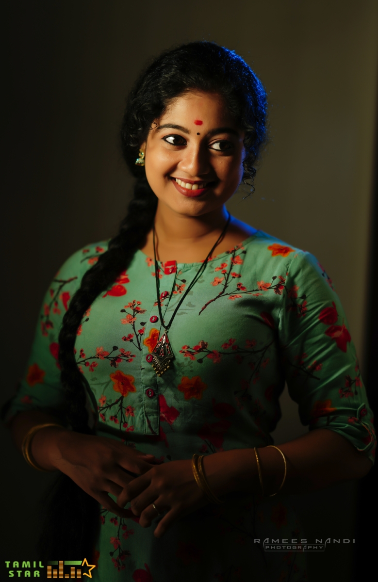 Actress Neeraja Photos (1)