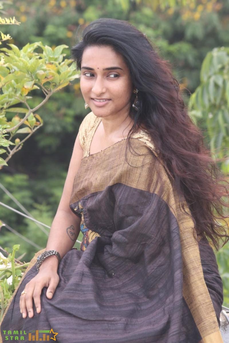 Actress Ramya Ramakrishna Stills (1)