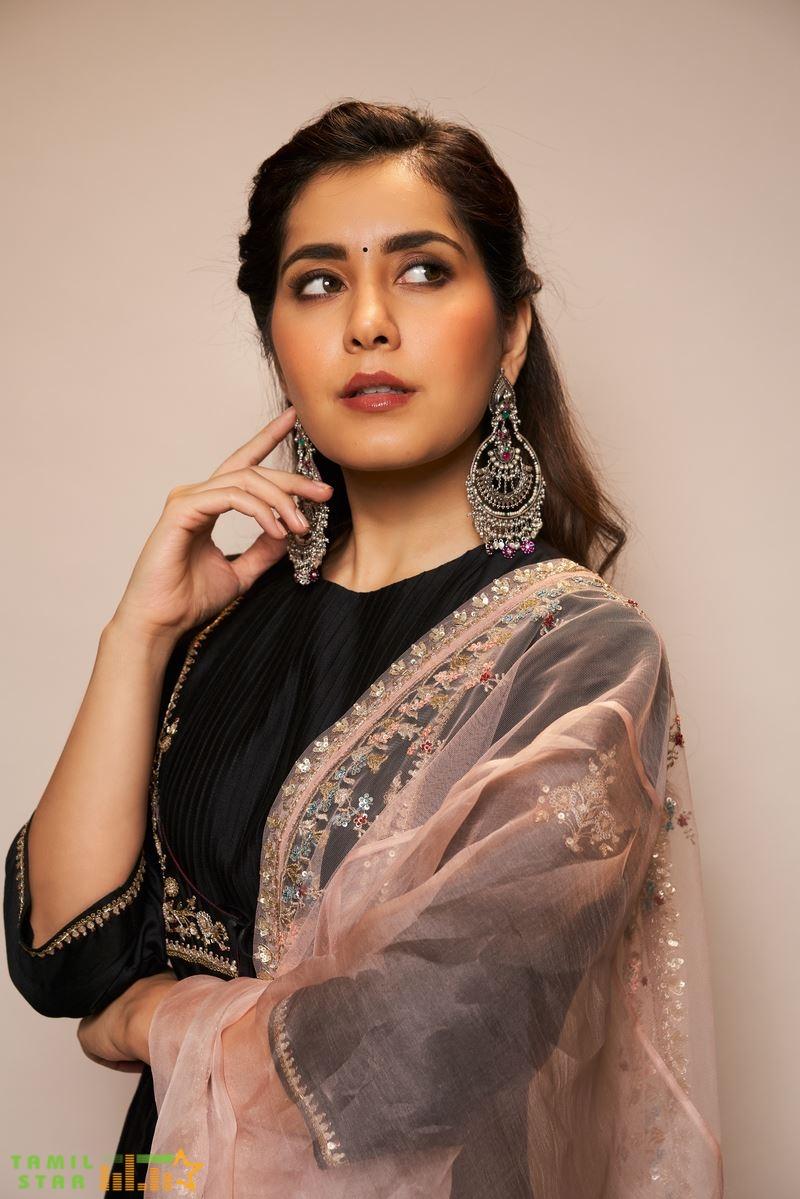 Actress Rashi Khanna Photos (4) (1)