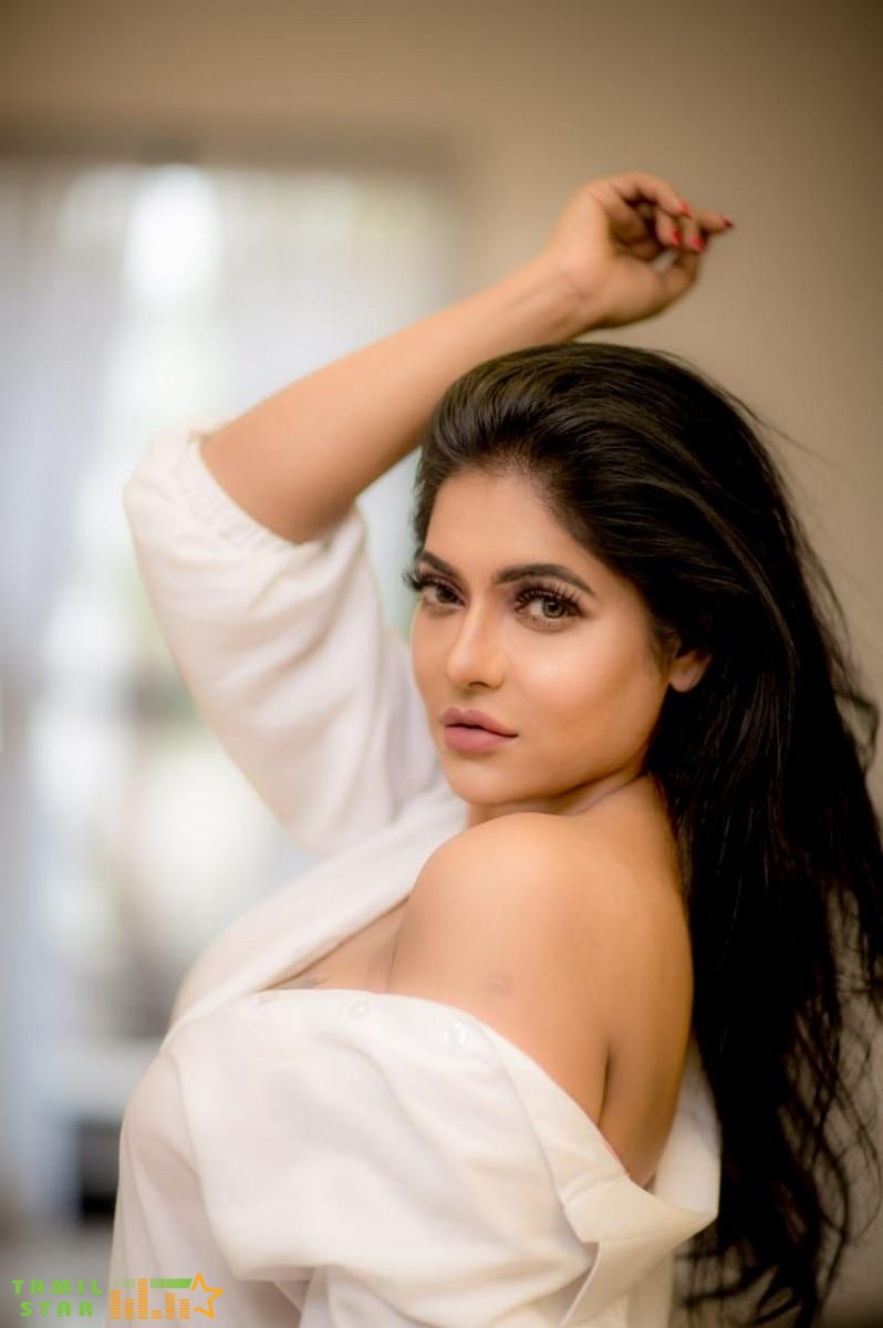 Actress Reshma Pasupuleti Latest Photoshoot (4)