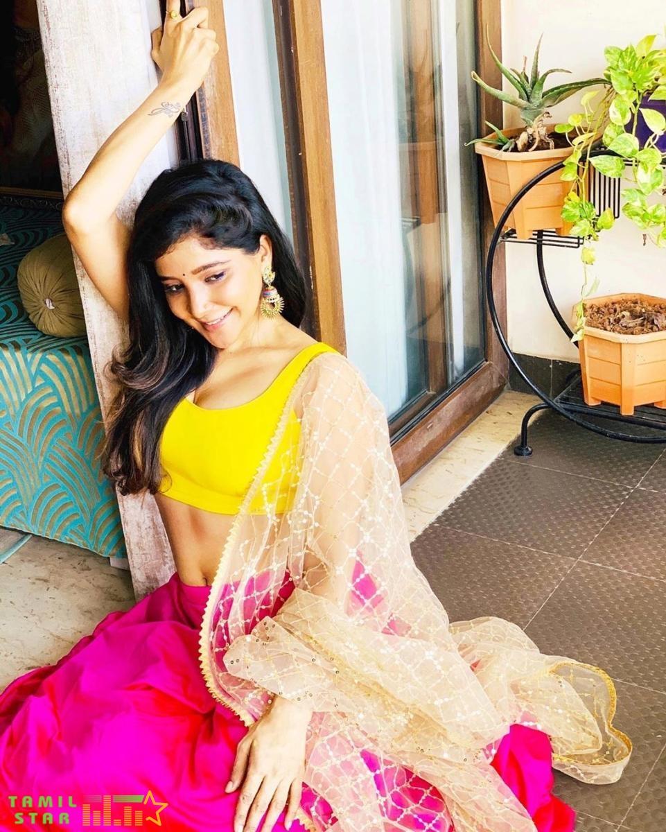 Actress Sakshi Agarwal Latest Photos (1)