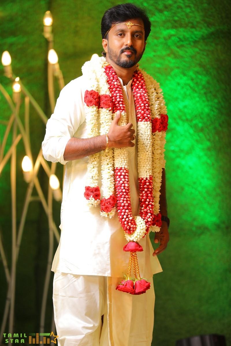 Director-Chachi-Wedding-Photos-13