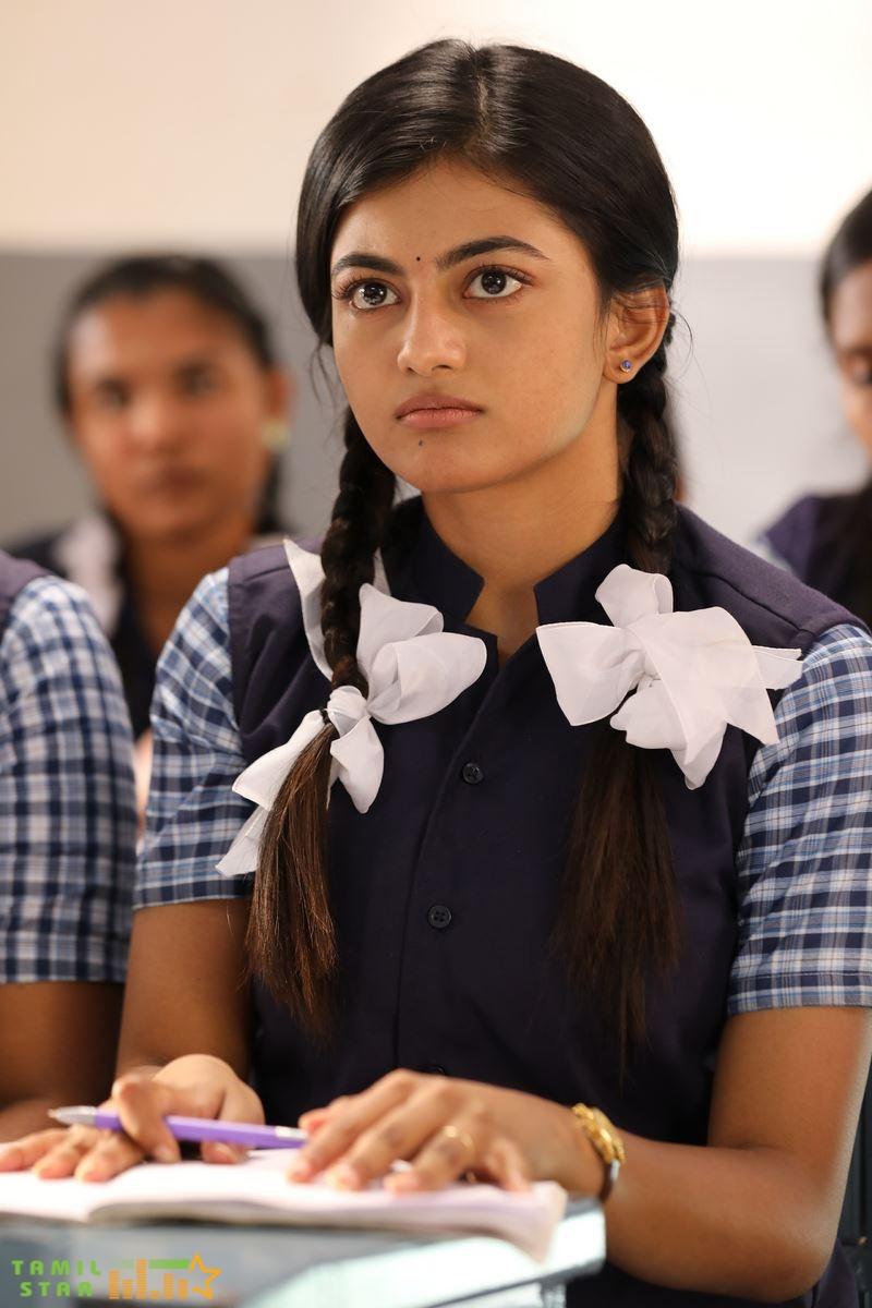 Kamali from Nadukkaveri Movie Stills (2)