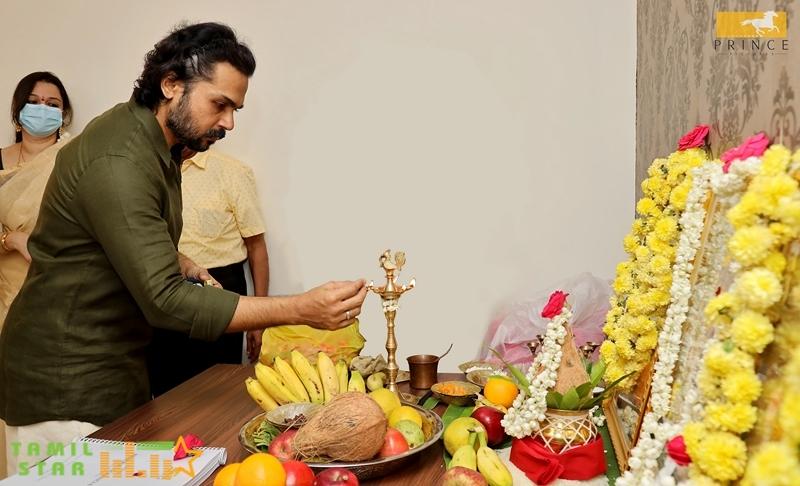 Karthi - PS Mithran  New Movie Launch (2)